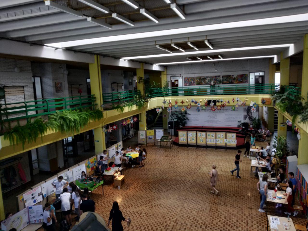 Наше ученице освојиле друго место на Научном дану у Футогу