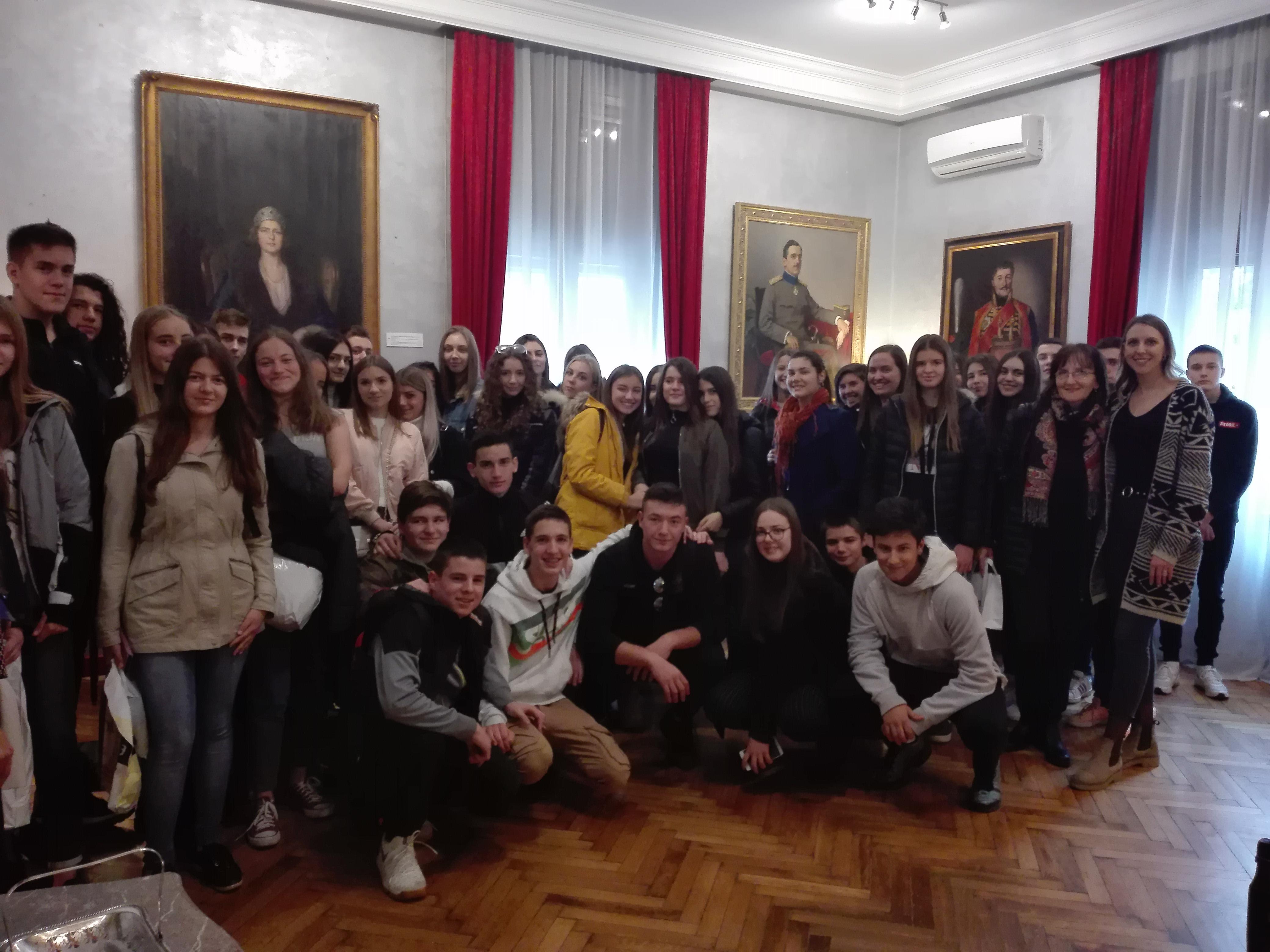 Гимназијалци у Дому Јеврема Грујића